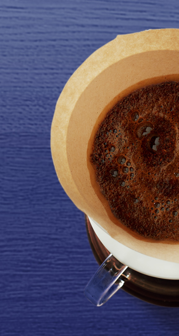 Floris Holtland - packaging photography - coffee - cup with filter