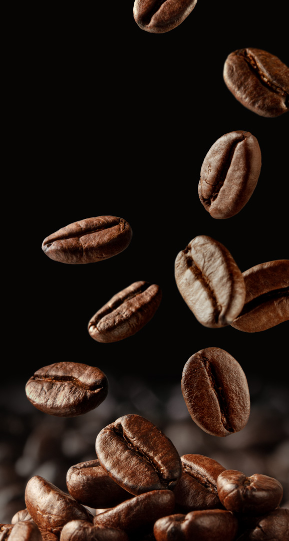 Floris Holtland - packaging photography - coffee - falling beans